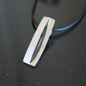 901100 Hanger zilver Indy